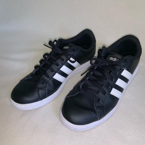 White Stripes Adidas Tennis Shoes
